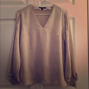 Banana Republic cream/gray v-neck blouse.  S.